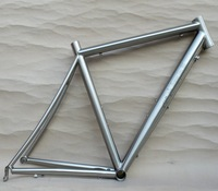 The top titanium Road bike 700C frame /Bend seat stay / Fat Down Tube/ Engraved Logo