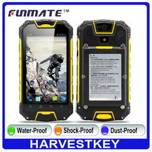 Design useful M9 4.5 inch IP68 Waterproof walkie talkie earphone for music
