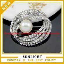 custom fashion china flower wholesale cheap vintage crystal pearl rhinestone brooch for wedding in bulk