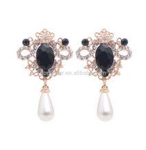 Designer promotional zircon silver pearl earrings