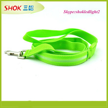 2015 innovative dog products glowing in dark dog leashes and collars