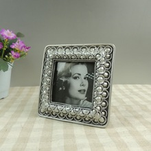 Small size resin promotional gift cheap photo frames