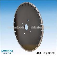 Diamond cutting disc/saw blade for concrete/asphalt/roadways