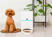 Automatic Pet Feeder for Cats and Dogs with Time & Record Setting electric pet feeder for dog and cats