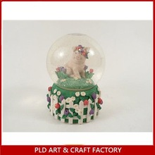Polyresin Snow Globe With Cross And Shamrock Pattern