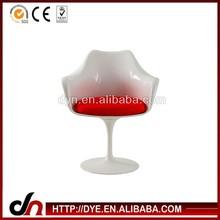 Prezzo di fabbrica confortevole sedia tulipano, moderna sedia da pranzo, sedia classica disegni