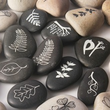 high quality fashion engraved rock for gift