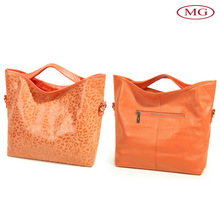 China cheap genuine leather hand bag for women with long strap