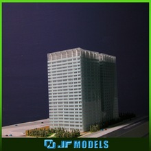 Functional miniature scale model for house selling show