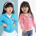 Wt-0554 venta al por mayor de moda de la primavera los niños ropa de niño ropa de niños niñas coreano caliente baratos nueva lindo cerveza polar chaquetas con capucha