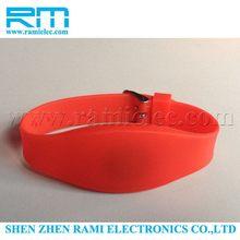 Super quality unique smart rfid nfc wristband silicone