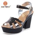 zapatos de tacón alto sandalias romanas de pvc jalea de zapatos de las señoras zapatos de plástico con bukle 2015