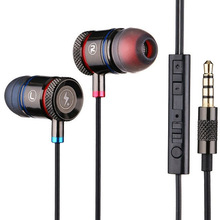 Wholesale earphones free product samples, high bass stereo headphones.