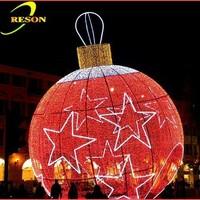 Ornamental red christmas bells light