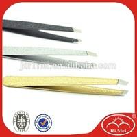 Flexible metal eyebrow clip/tweezer