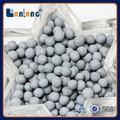 Baratos 2-5mm al2o3 filtro de lavado alcalino con bolas de cerámica