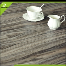 Guaranteed quality proper price recyclable pvc vinyl flooring tile for bathrooms