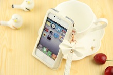 Wholesale hand strap design mobile phone cover case for iphone 5 5s