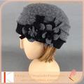 venta al por mayor de buena calidad personalizado gorras y sombreros de invierno navidad caliente