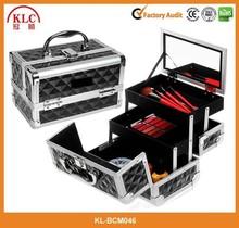 Carry All Train Case Makeup case/Makeup vanity case/Aluminum Beauty case