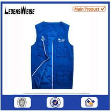 Fashionable customized zipper-up muti-pocket blue vest