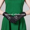 las mujeres de moda en relieve de cuero de oveja guantes de vestir