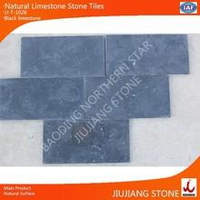 Antiguo superficie de piedra caliza de suelo o azulejos de la pared