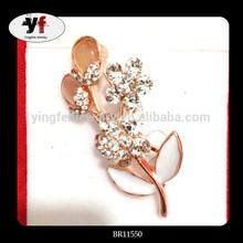 Latest Fashion Brooch Pin With Rhinestone Flower Brooch