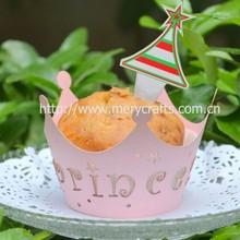 laser cut ppaer cupcake wrappers, elegant valentine decorations