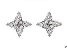 Wholesale high quality fancy cross type crystal earrings korean hot selling lady earring