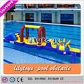 Cours de jeux en plein air équipements, Grand gonflable eau de la piscine jouets