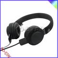 ฟรีตัวอย่างที่ดีมองหูฟังที่มีโลโก้ที่กำหนดเองและสายเคเบิลถอด