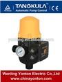 Pompe à eau avec contrôle de pression automatique