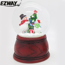 Resin & glass snow globe christmas ornament crafts outdoor christmas snowman decoration kid's gifts led light christmas snowman