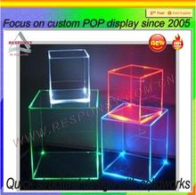 Fashion wholesale acrylic led display cube box