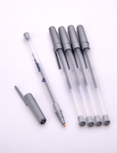 simple plastic ball pen