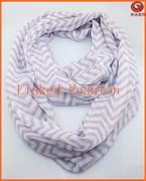 Stock wholesale chevron scarf 100% polyester chevron infinity scarf purple/white HY1007