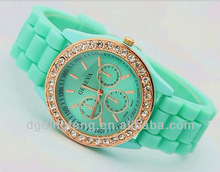 Promotional Gift with cheap price and newest design, Hot New silicone watch For 2015