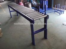 gravity roller conveyor transportation system