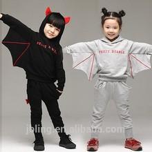 الأطفال زائد سميكة المخملية طويل-- سترة بأكمام 2014 تناسب الخريف والشتاء الملابس والملابس الجديدة 2-8 سنوات الأطفال القديمة