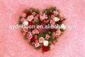 fleur rose en forme de coeur couronne pour saint valentin