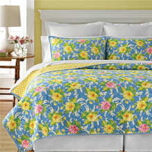 Bedspreads and matching curtains printed quilt made in China Shanghai Honour Import company