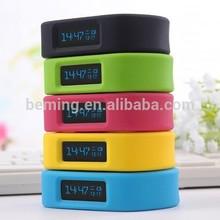 Hot selling Factory Price bluetooth Smart Watch Phone,Fashion Wrist Band 2014 OLED Screen Bracelet, Bluetooth 4.0 Smart Bracelet