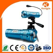 200Lumen Zoomable Fishing Light Digital Display Flashlight Hand Crank Radio and Led Light