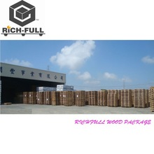 Warehouse wood furniture wood pallet