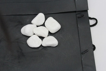 River rock,Snow white polished pebble stone, polished cobbles for garden decoration