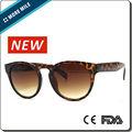 2.015 réplicas de moda las gafas de sol en China