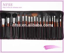 China brush factory 18pcs red wooden make up brushes cosmetic brush