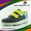 de salto de altura de los zapatos para niños