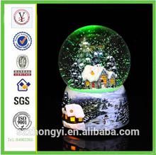china factory ODM & OEM fashion resin christmas snow glass balls